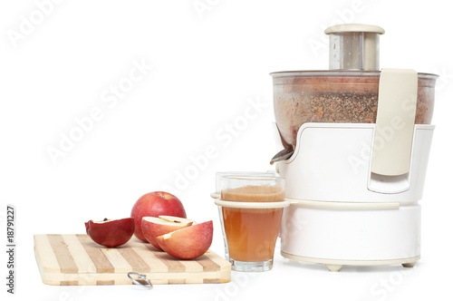Juicer making apple juice
