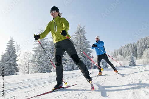 Leinwanddruck Bild Langlaufen im Winter