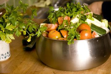 beau plat de légumes pour soupe