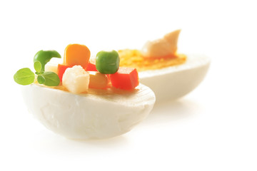 hard-boiled egg with vegetables mix
