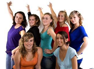 portraits de jeunes femmes en tenues colorée