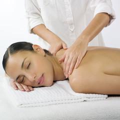 massage bien-être beauté femme nue