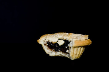 Eat mince pie