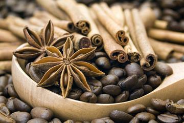 Ziarna kawy, cynamon i anyż