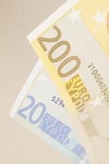 200 euro 20 euro