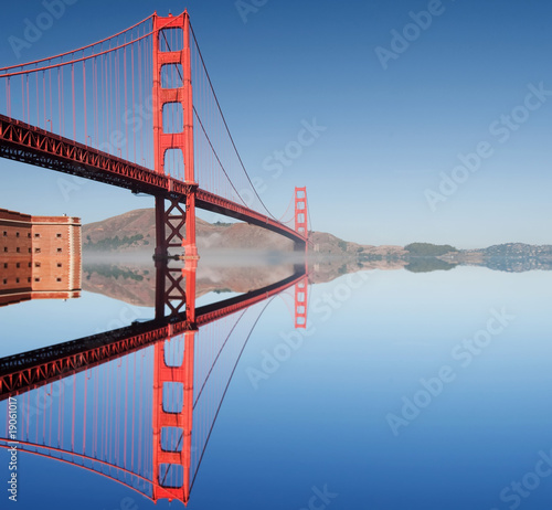 fototapete amerika golden gate bridge in san francisco. Black Bedroom Furniture Sets. Home Design Ideas