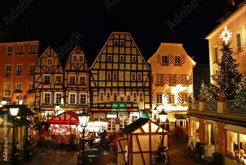 Weihnachtsmarkt - Linz am Rhein - 19101480