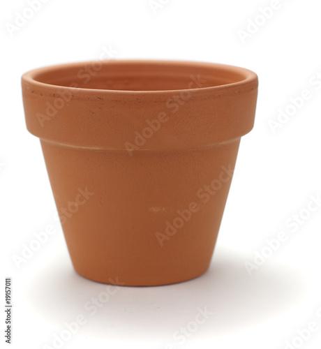 images d 39 un pot de fleurs en terre cuite neuf sur fond blanc photo libre de droits sur la. Black Bedroom Furniture Sets. Home Design Ideas
