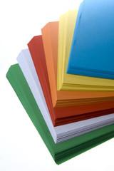 Risma di carta colorata