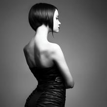 Элегантная дама с стильные прически