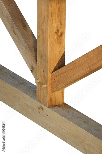 Assemblage traditionnel en charpente bois photo libre de for Assemblage bois angle droit
