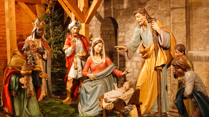 Christmas Nativity Scene: Jesus, Mary, Joseph & Three Wise Men