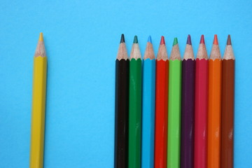 A distanced color pencil from the rest