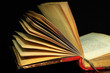 old opened book,livre ancien ouvert