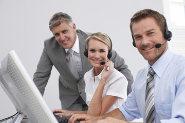 Sales agents with supervisor