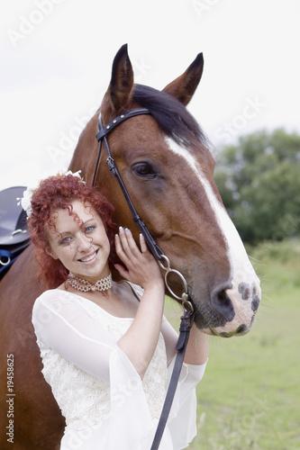 Braut mit Pferd