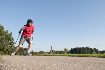 Trainingseinheit mit Rollski