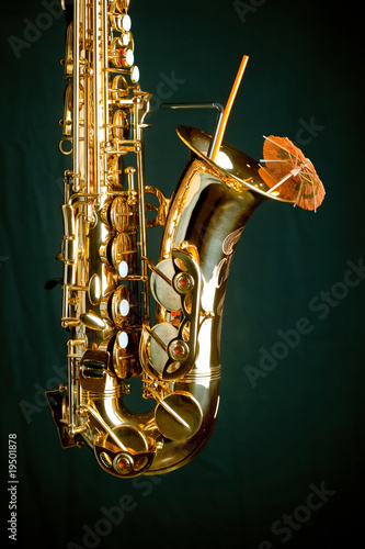 Gold sax on green
