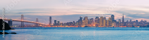 Foto op Plexiglas San Francisco High resolution panorama of San Francisco Skyline and Bay Bridge