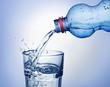 Предпочтение следует отдавать неподслащенным напиткам, таким как...