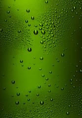 Tau im Grün