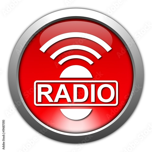 Button Radio III
