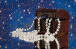 Schmuckschatulle mit Perlenschmuck