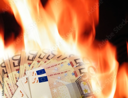Banknotes fire
