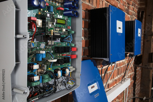 grid-tie photovoltaic string inverters of a solar power plant