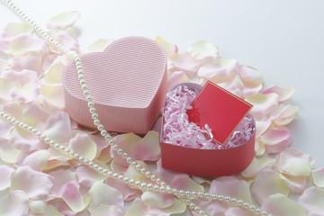 ピンクのギフトボックス