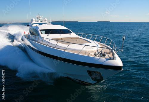 Leinwandbild Motiv yacht en méditerranée