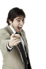 jeune homme d'affaires index accusation mécontant