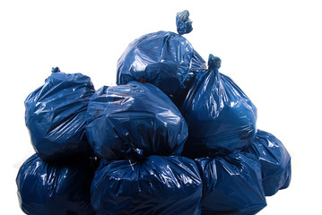 Environnement - Sacs poubelles remplis et empilés