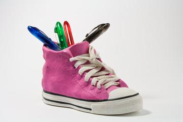 Chaussure porte-stylos