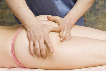 massage on the buttocks