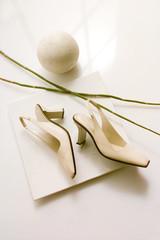 Schuhe,Damenschuhe beige mit Deco