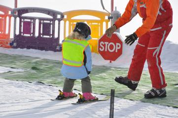 kind macht skischule