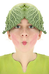 Jeune fille deguisée avec un choux sur la tête