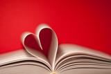 Fototapety book heart