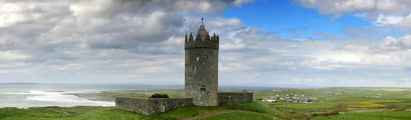 Doonagore castle in Doolin
