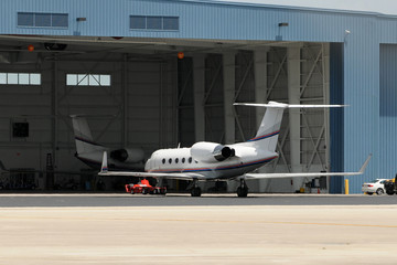 Jets neat hangar