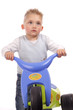 kleinkind mit dreirad