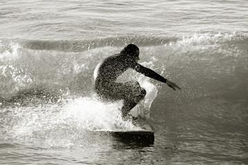 Surfista en blanco y negro, Biarritz, France