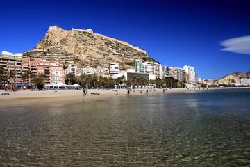 Playa del Postiguet y Castillo de Santa Barbara Alicante