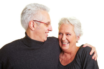 Umarmung von Senioren