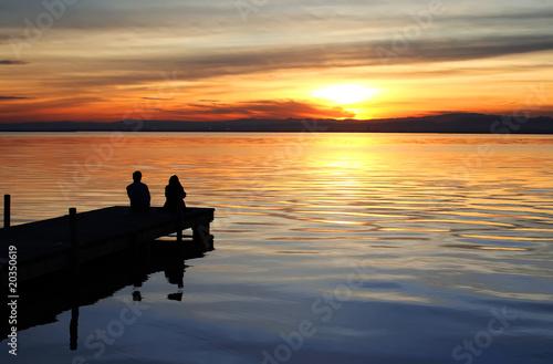 Foto op Canvas Pier puesta de sol en el lago