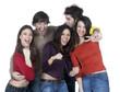 groupe de jeunes gens heureux