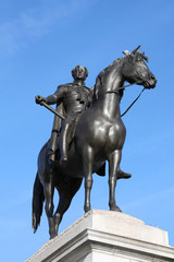King George VI monument in London