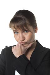 femme d'affaires mettre en doute réfléchir