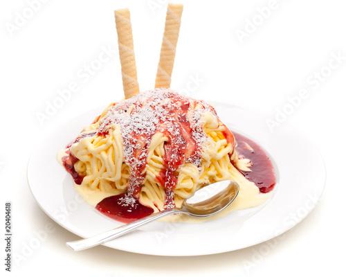 Eiscreme - Spaghettieis der moderne Klassiker - 20404618